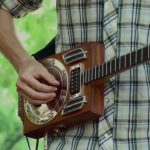 Smokin' Cigar Box Guitar