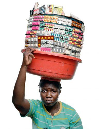 medicijnenverkoper in Haïti