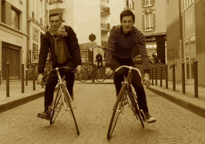 Bijzondere fiets met draaiend frame
