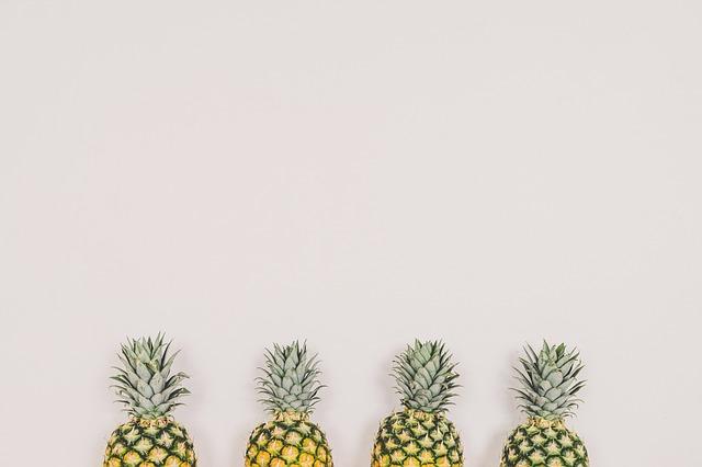 Hoe schil je een ananas?