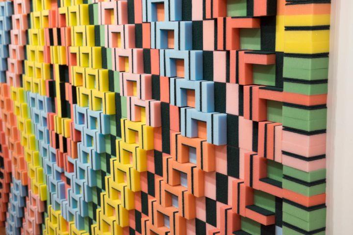 Bijzondere tapijten van alledaagse voorwerpen