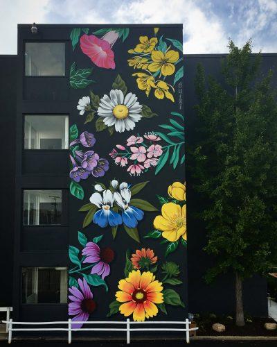 bloemrijke graffiti