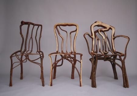 Volwassen stoel van hout
