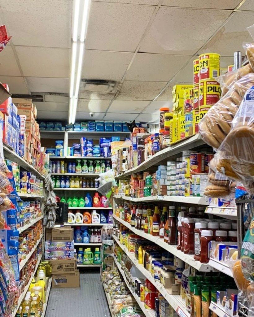 Katten in de supermarkt