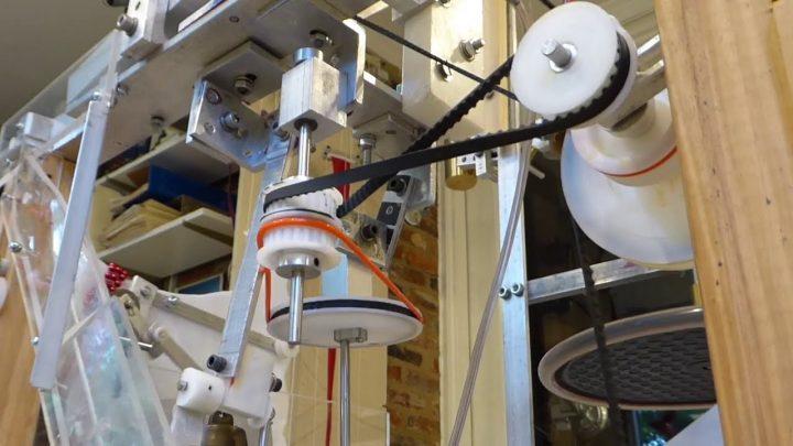 Rube Goldberg-hometrainer: trappen voor een koekje