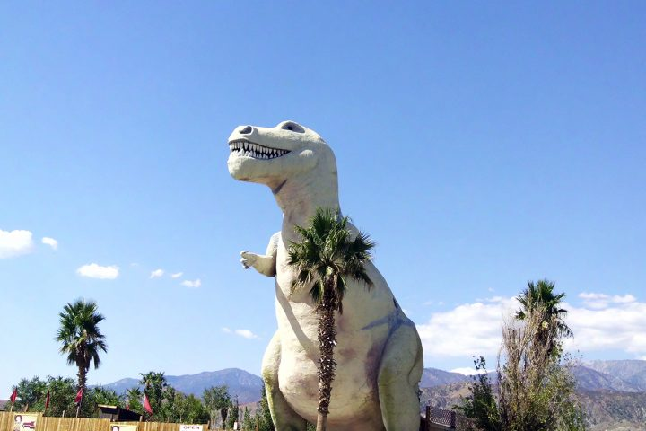 De twee dinosaurussen van Claude Bell