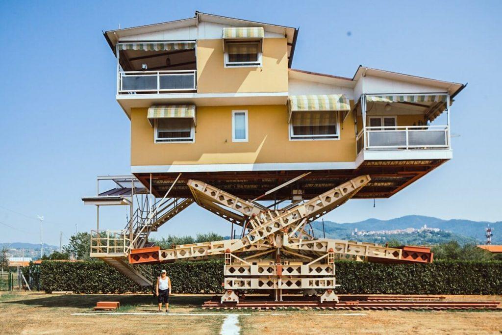vliegende huis